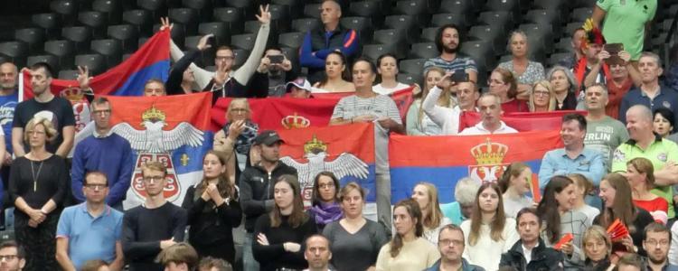 srbija ukrajina 3-2 cetvrtfinale evropskog prvenstva za odbojkase 2019 domacini francuska slovenija belgija i holandija srpski navijaci u antverpenu