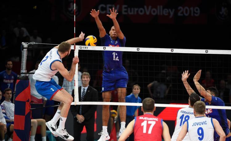 srbija francuska 3-2 polufinale evropskog prvenstva za odbojkase finale sa slovencima primac uros kovacevic napad