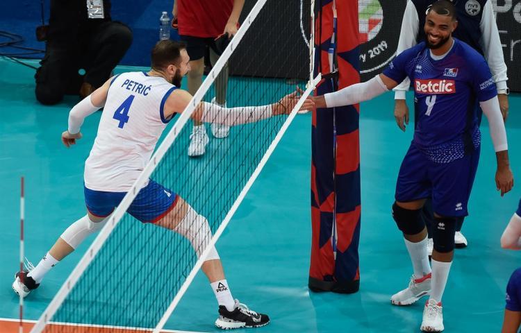 srbija francuska 3-2 polufinale evropskog prvenstva za odbojkase finale sa slovencima nemanja petric kapiten
